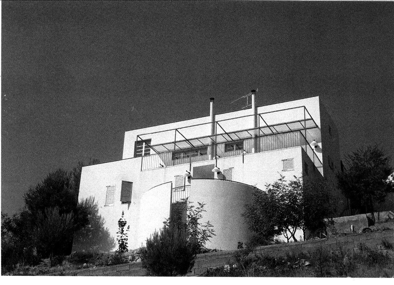DAPENA y ASOCIADOS Estudio de Arquitectura