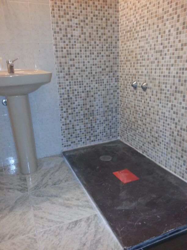 Idatecnic mantenimiento comunidades en terrassa - Sustituir banera por ducha ...
