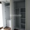 Cocina de madera y azulejos