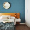 Es amueblar y decorar los 2 dormitorios y el salón-cocina