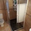 Instalacion de plato de ducha y mampara en santa pola (alicante)