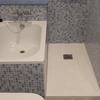 Quitar bañera de120x70 y montar placa ducha de la misma medida, quitar solo los azulejo que cubrirán la  mampara cambiándolo por otros nuevos solicito solo la mano de obra yo properciono los materiales