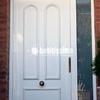 Cambiar muelle metalico en puerta