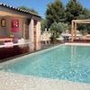 Recubrimiento piscina con cemento pulido