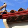 Reparar alero y canalón de tejado