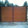 Suministrar las persianas exteriores de una madera dura
