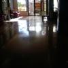 Limpiar mancha en suelo de mármol
