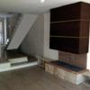 Reforma de 2 pisos contiguos baño cocina suelos paredes puertas