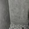 Revestir una ducha de microcemento