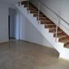 Pulir y abrillantar escalera de marmol con algunas grietas