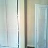 Instalar puertas, poner rodapiés y cambiar armarios