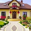 Revestimiento Externo De Casa De Dos Plantas Con Pintura O Panel De Madera Prodema