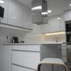 Tirar paredes de la cocina para convertirla en office