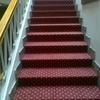 Forrar escaleras con moqueta