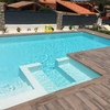 Vallado piscina cristal o metacrilato con pilares metálicos o hierro
