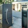 Puerta garaje con paso peatonal seccionable,con instalacion