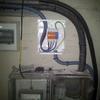 Electricista para revisión de instalación en un piso