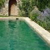 Microcemento escaleras de interior y piscina