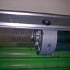Instalación motor persiana metal en comercio