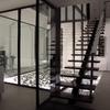 Barrer y fregar escaleras de la comunidad de vecinos, cristales, azotea y patio interior