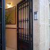 Adaptacion puerta de entrada en portugalete