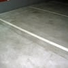 Pintar rallas separadoras de plazas de garaje en el suelo