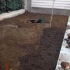 Rellenar terreno de unos 30 m3 de tierra y siembrar de cesped