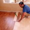 Queremos un profesional que sea pintor y haga pequeños trabajos de albañileria: tratar humedad, alisar techo, pintar apartamento y dar borada suelo terraza y rodapiés terraza