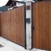 Fabricacion y montaje de puerta corredera automatizada en finca