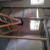 Estancia dentro de un garaje