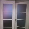 Suministrar puertas de balcones y ventanas con cristal doble