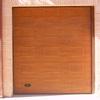 Cambiar `puerta de tres hojas de madera de perstiana por una de aluminio con dinteles