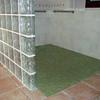 Hacer cuarto de baño, poner suelo planta 100m2, enyesar paredes y alicatar