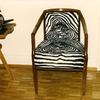 Tapizar una silla antigua.