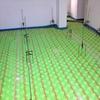 Suelo radiante agua para finca rústica con generador y energia solar