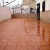Poner hormigón impreso en suelo terraza de casa en abrera