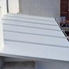 Techo de panel sandwich en una terraza