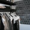 Percheros de forja para tienda de moda