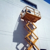 Trabajo en altura, arreglo goterras en techo de tejas