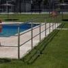 Montaje de valla protectora en piscina