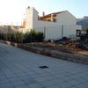 Doce palets de bloques de cemento