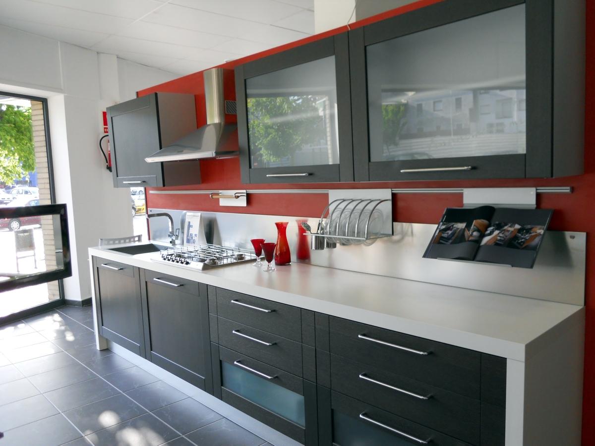 Oferta liquidaci n cocina exposici n 6700 ofertas muebles for Ofertas encimeras cocina
