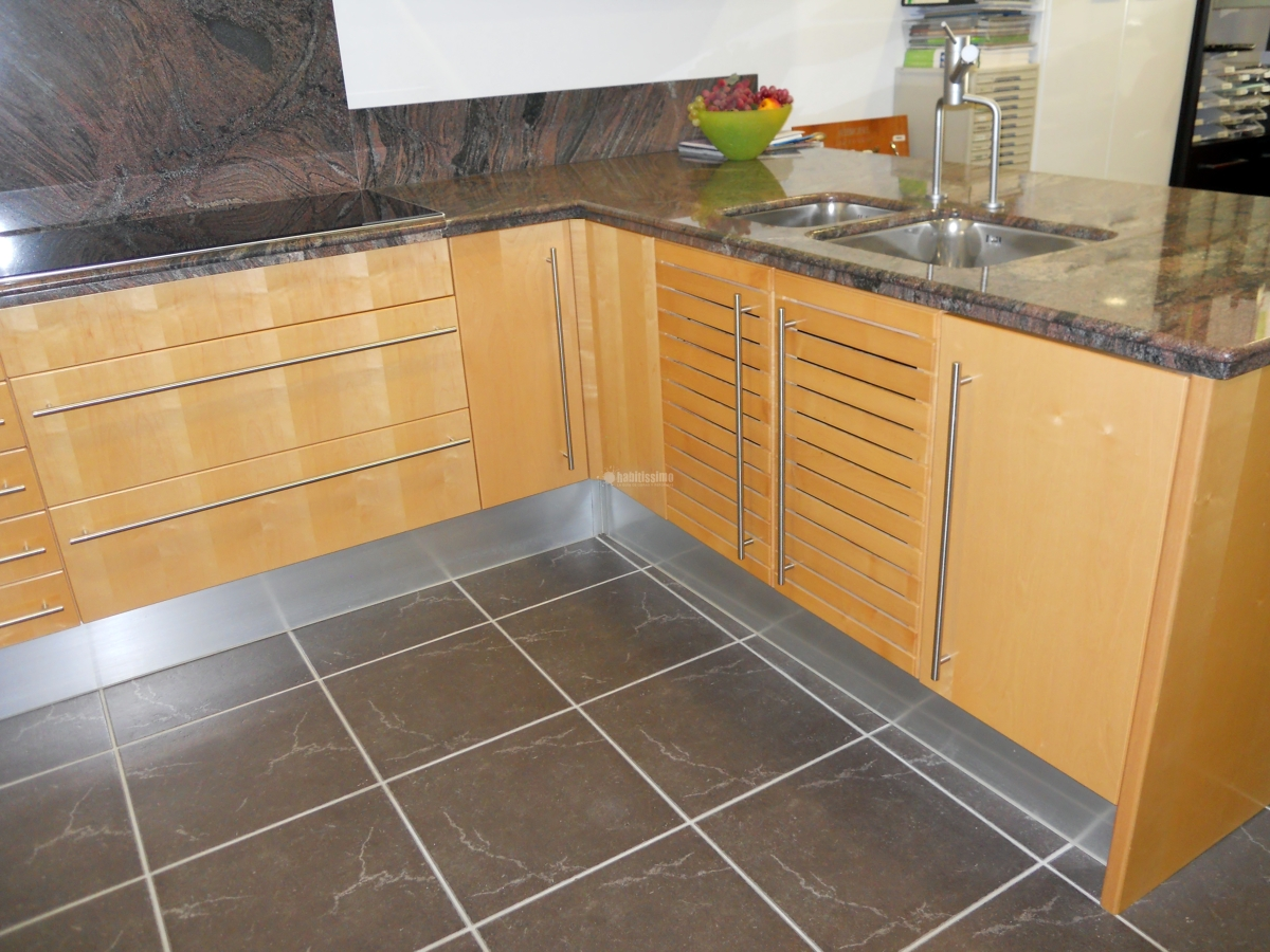 Oferta liquidaci n cocina exposici n ofertas muebles - Liquidacion cocinas exposicion madrid ...