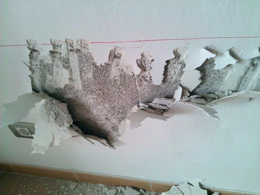 Oferta impermeabilizaci n de paredes desde 20 m2 ofertas reformas viviendas - Como eliminar la humedad de la pared ...