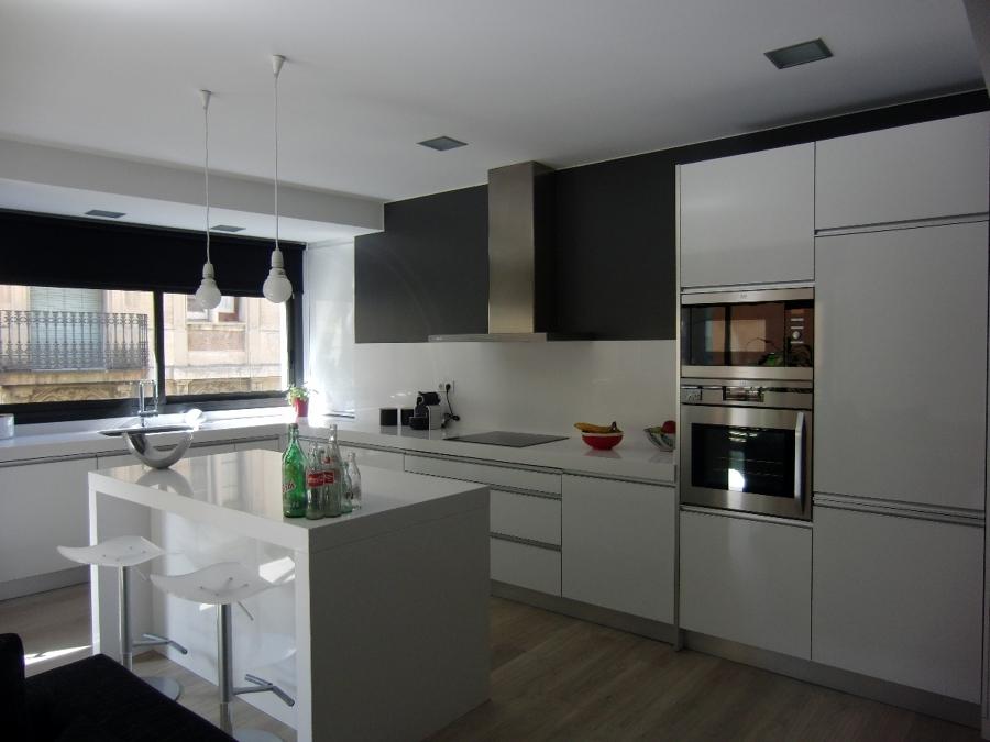 Pague nuestras cocinas de aur cuines y aur mobiliari sin intereses ofertas reformas cocinas - Financiar muebles sin nomina ...