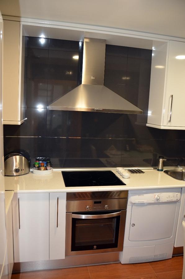 Oferta amuebla cocina incluido electrodomesticos por 1900 - Muebles de cocina madrid ...