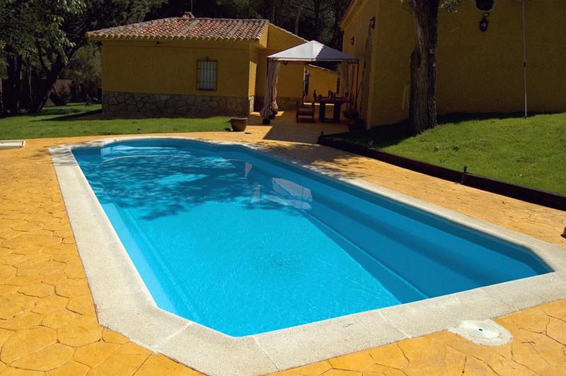 Oferta piscina prefabricada modelo mallorca ofertas for Ofertas piscinas poliester