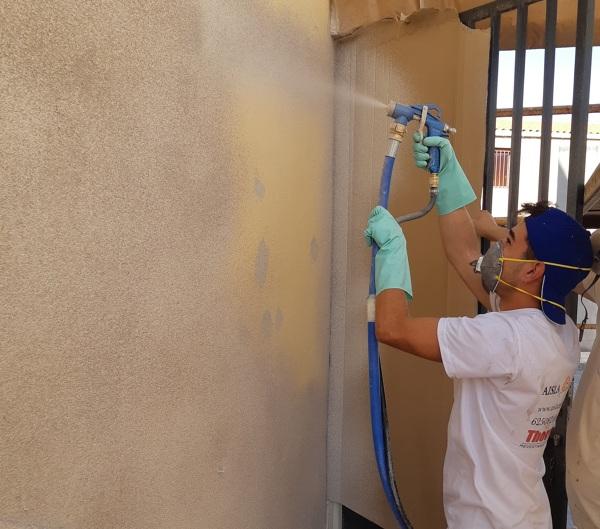 Rehabilitacion de fachada con corcho proyectado ecologico