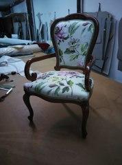 silla clasica con respaldo