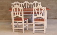 Taula + 2 cadires + banc